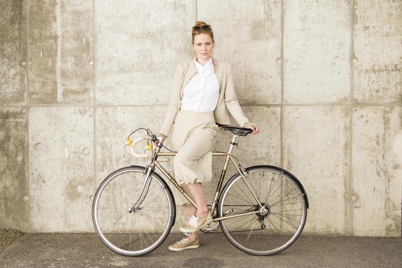 Smarte Fahrradbekleidung, entwickelt von Studierenden der Studiengänge Bekleidungstechnik/Konfektion und Modedesign